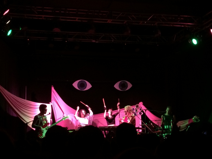 tUnE-yArDs at Headliners