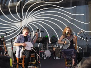 Béla Fleck & Abigail Washburn at Waterfront Wednesday