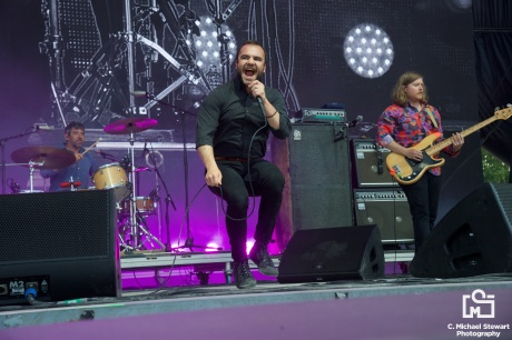 Future Islands at Bonnaroo 2017 📸: C. Michael Stewart