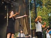 Sidewalk Chalk | Middle Waves Music Festival 2017